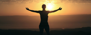 Astuces scientifiques pour vous aider à rester positif